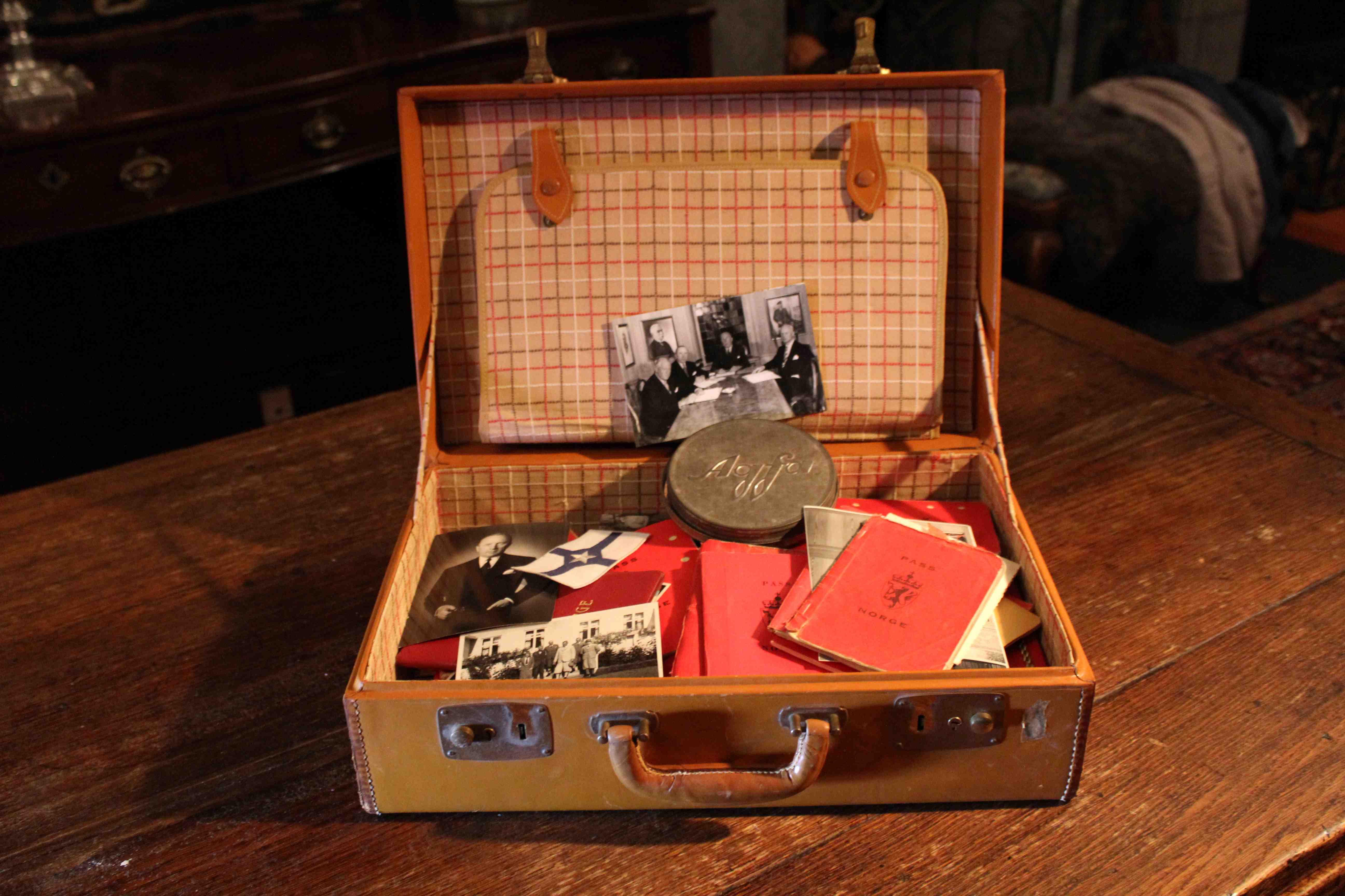 Bondesønnen som ble størst i verden Kofferten kopi