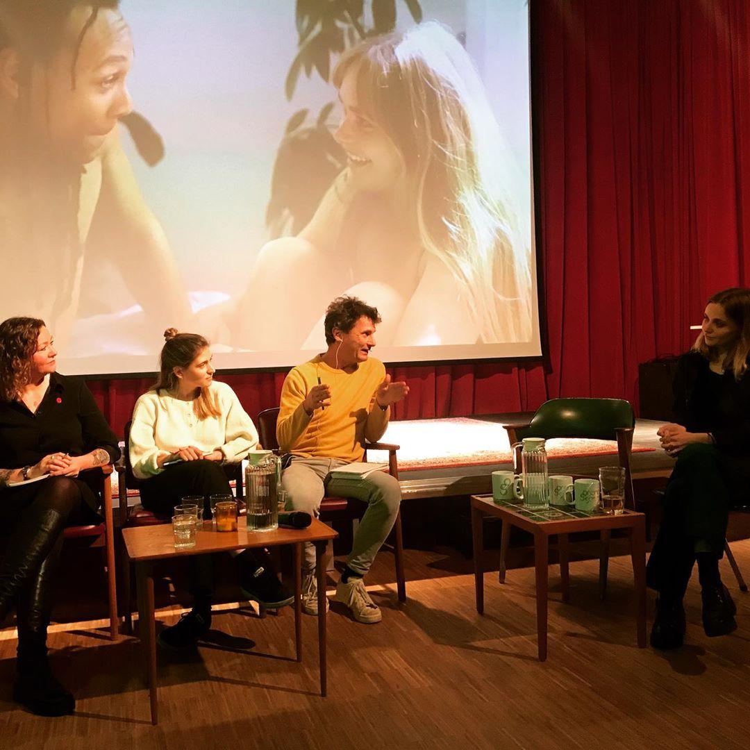 @gronnskjerm handler i kveld om etterspillet etter #metoo. Første film ut er «Dagen derpå» av @froydisfm, laget som del av Viken Ung og Mediefabrikkens regiprogram for unge kvinner.