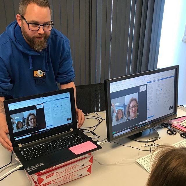 Vi gleder oss til dagens seminar, NAK-ED: selvsensurert mobilfilm, og er godt i gang med forberedelsene. Følg seminaret på facebook kl. 14 :D  I samtale med Sirin Eide forteller Jan Dalchow om sine erfaringer med lanseringen av prosjektet i en SoME-virkelighet full av sensur.